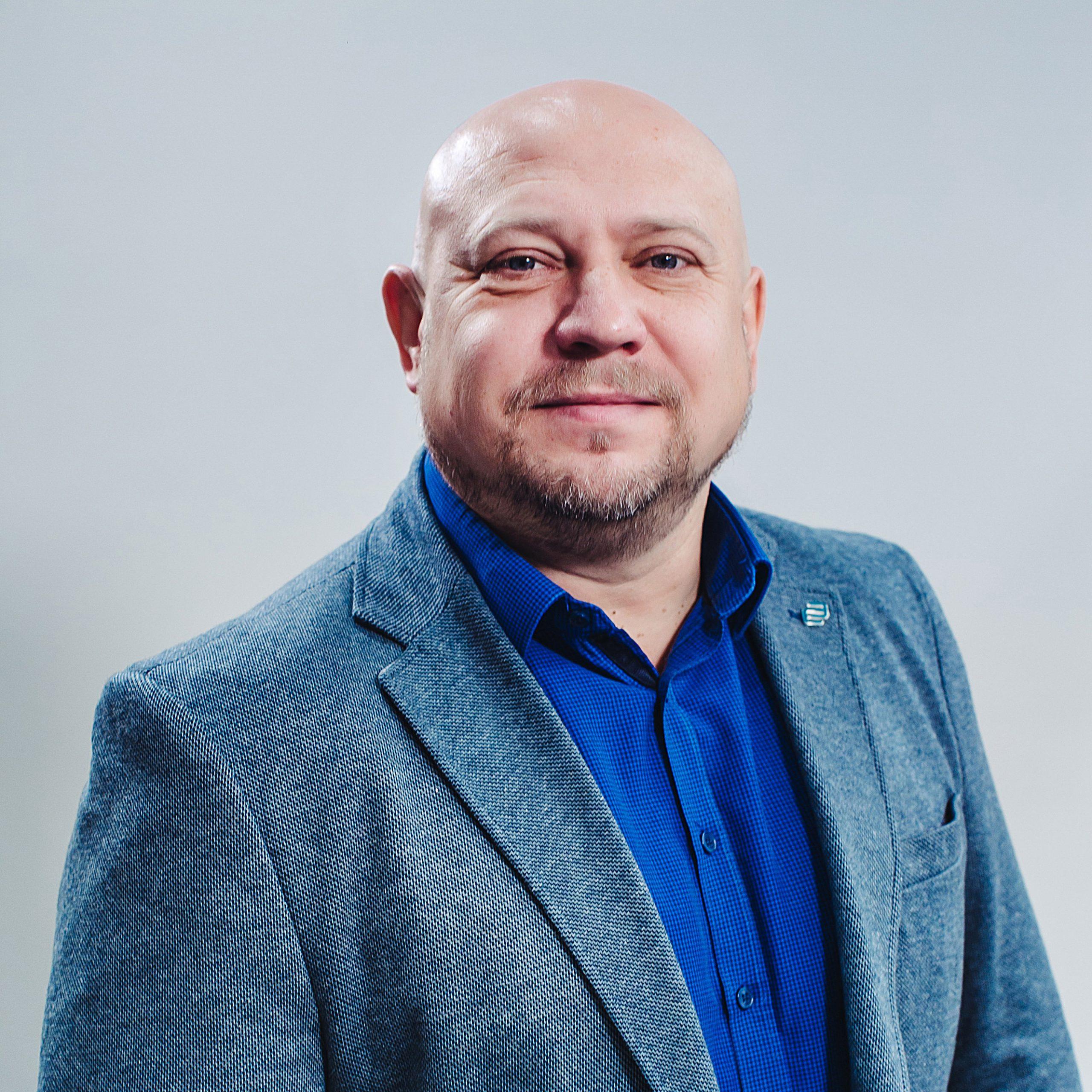 Холодов Юрий Михайлович